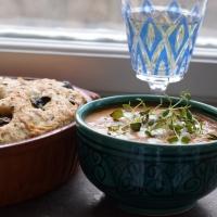 Recept:  snabb vegansk bouillabaisse med olivfocaccia